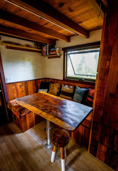 TINY-HOUSE-BUILT-USING-RECYCLED-MATERIALS-4_.jpg